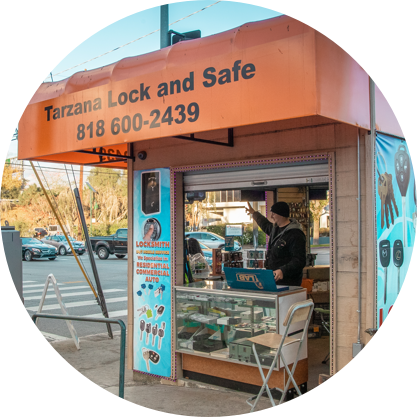 Tarzana Mobile Locksmith Services