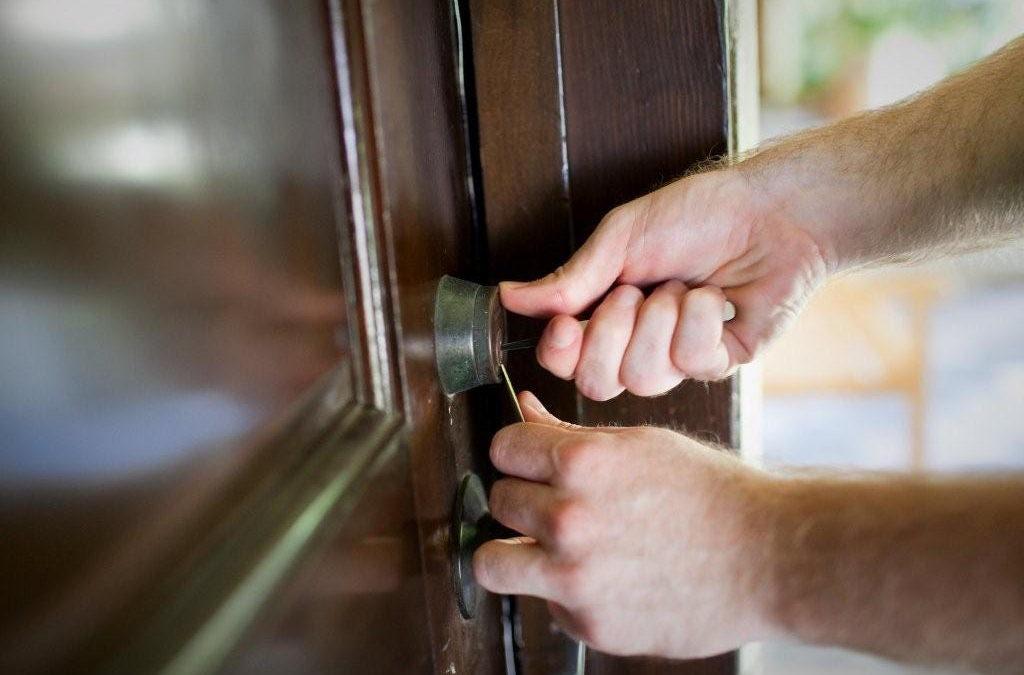 Door Repair & Install in Los Angeles, CA