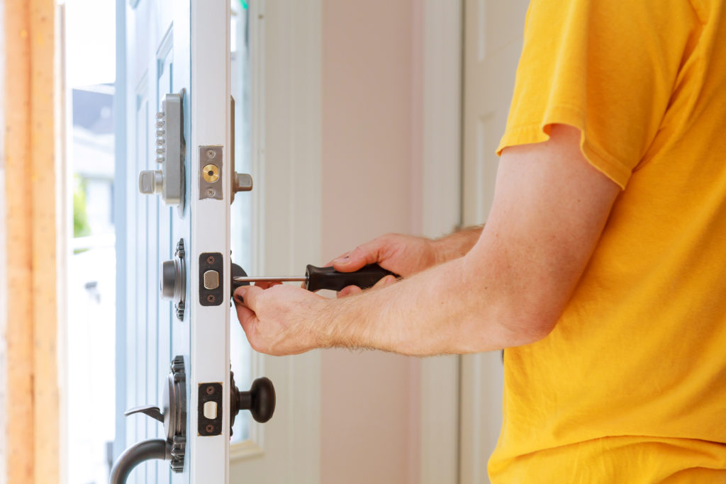 Locksmith in Hollywood Hills, CA