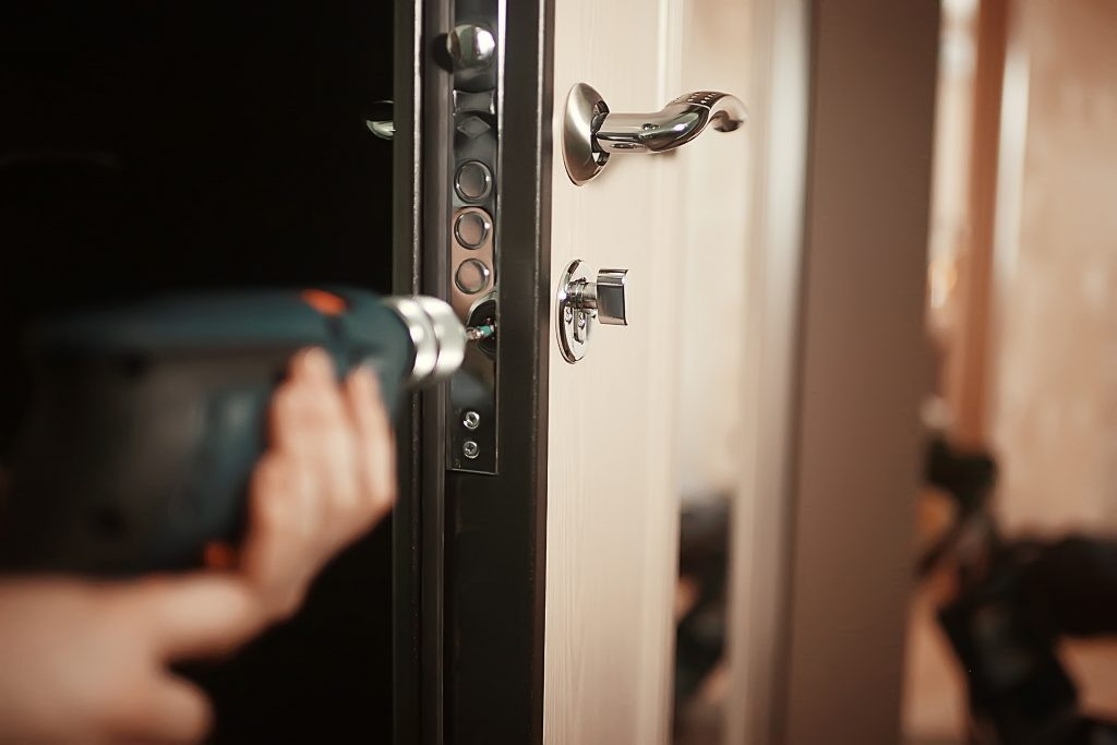 Locksmith in Canoga Park, CA