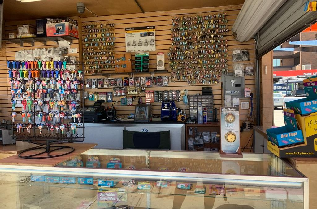 Locksmith Store Near Me in Tarzan, California